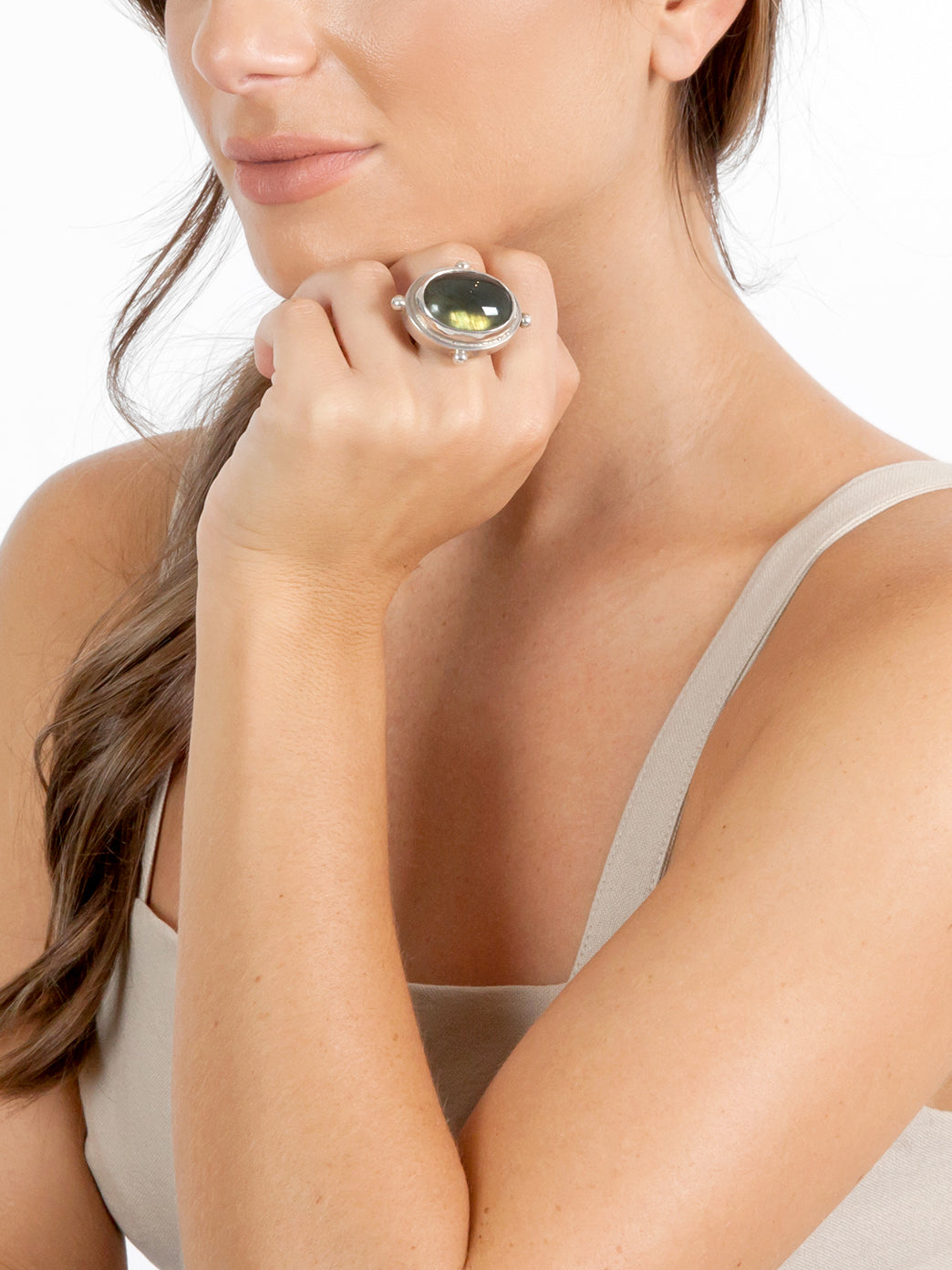 Fiorina Jewellery Cocktail Ring Model