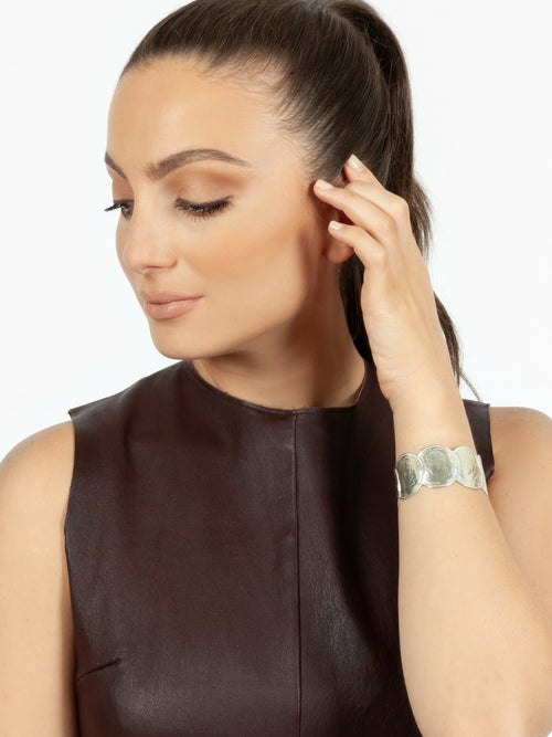 Fiorina Jewellery King George Medley Cuff Model