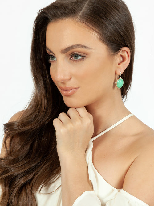Fiorina Jewellery Oval Button Earrings Chrysoprase Model