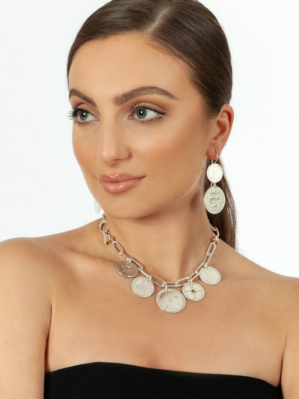 Florin Jewellery Stevie Necklace Model