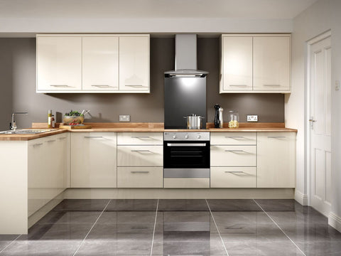 7 Piece Kitchen Units - Cream Gloss - BRAND NEW 18mm Units