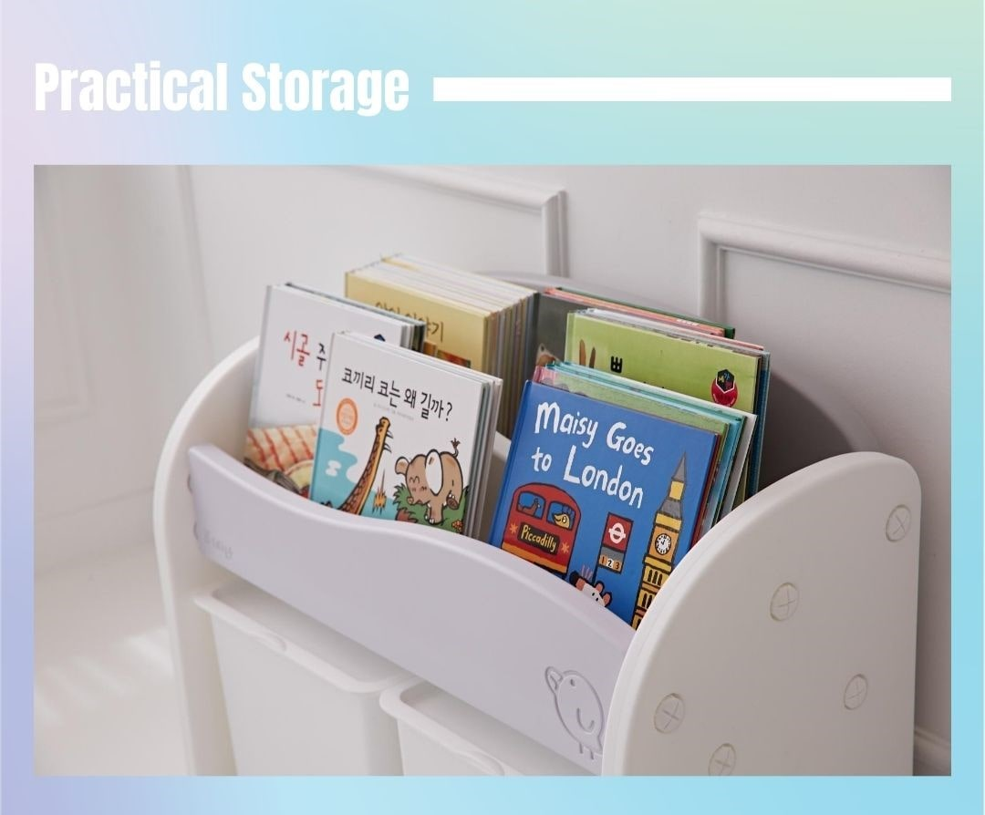 Practical and ample storage space for books and collectables