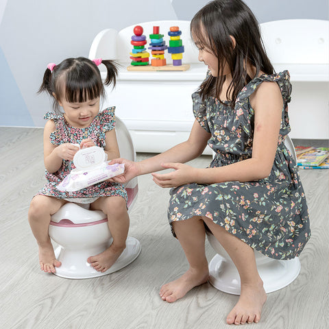 Younger Sister Learn Potty Traning with Sibling