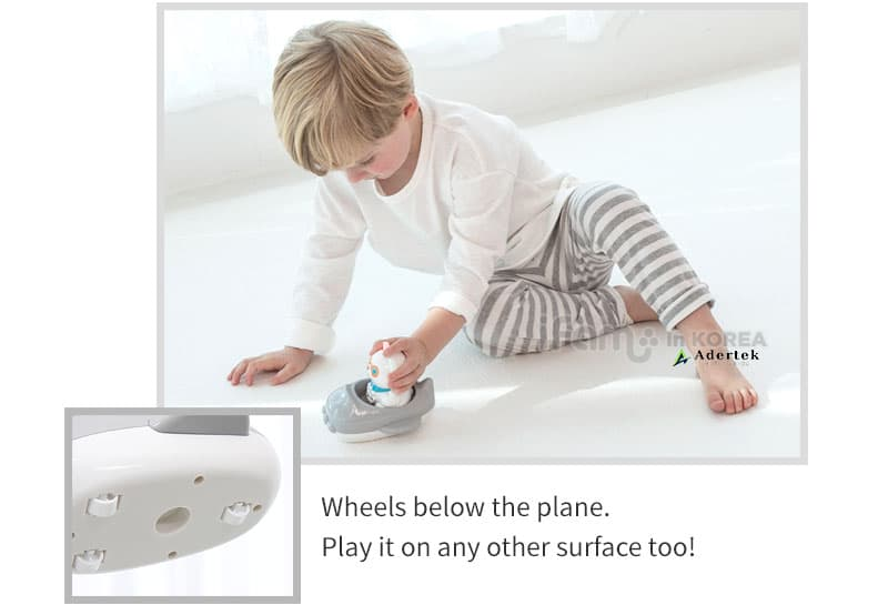 Wheels on plane to glide PAPA Bear toy across any surface