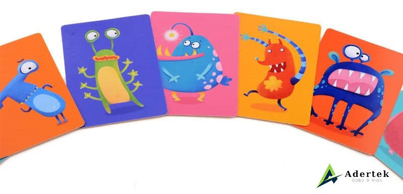 "TOI Game To Go ""Who Am I"" Game Card Vibrant Colour"