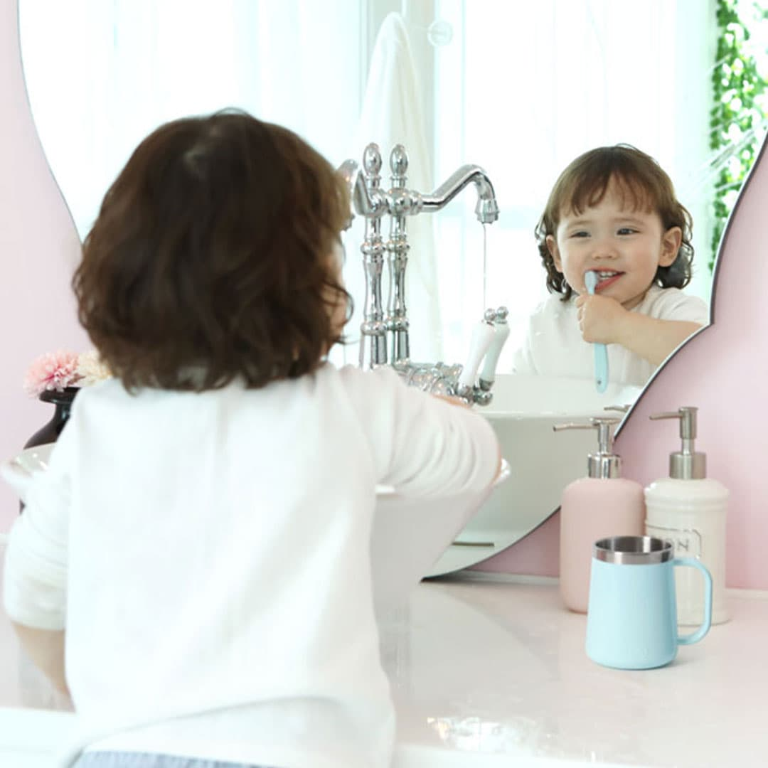 Kid Grip Easy Toothbrush Easily and Stably