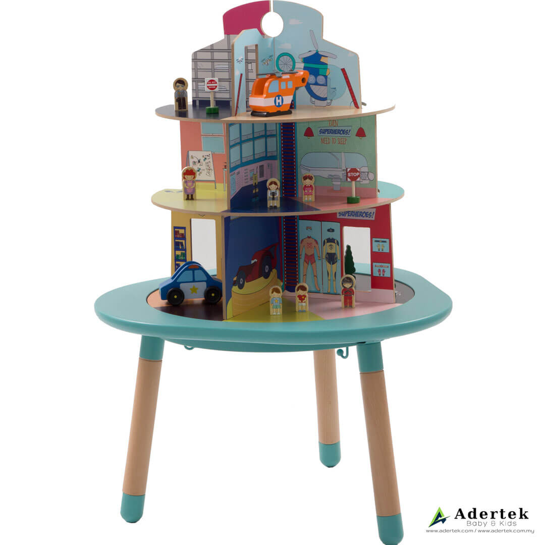 Mutable – Heroes Wooden Playhouse 1st angle