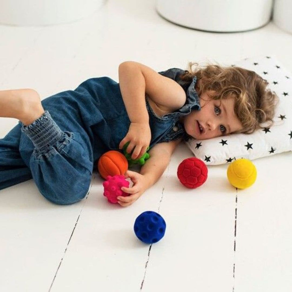 Rubbabu durable and colourful rubber foam balls