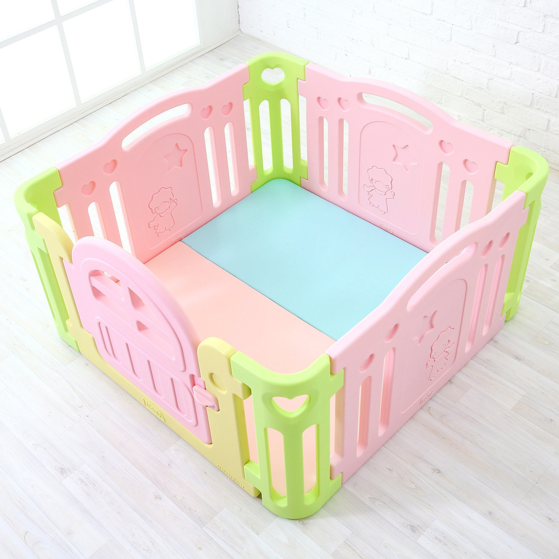 Baby Play Room - Marshmallow Baby Room (mats Not Included)