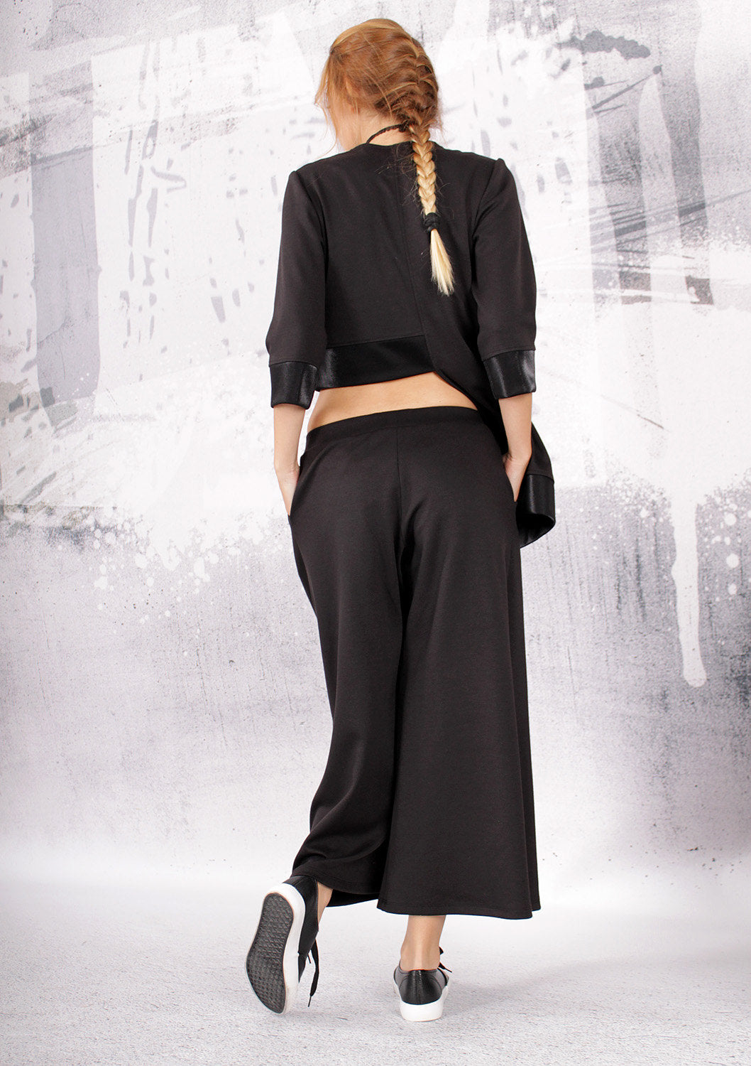 Pants, Black pants, wide skirt pants, 7/8 wide pants, ankle length pants by UrbanMood - UM-067-VL