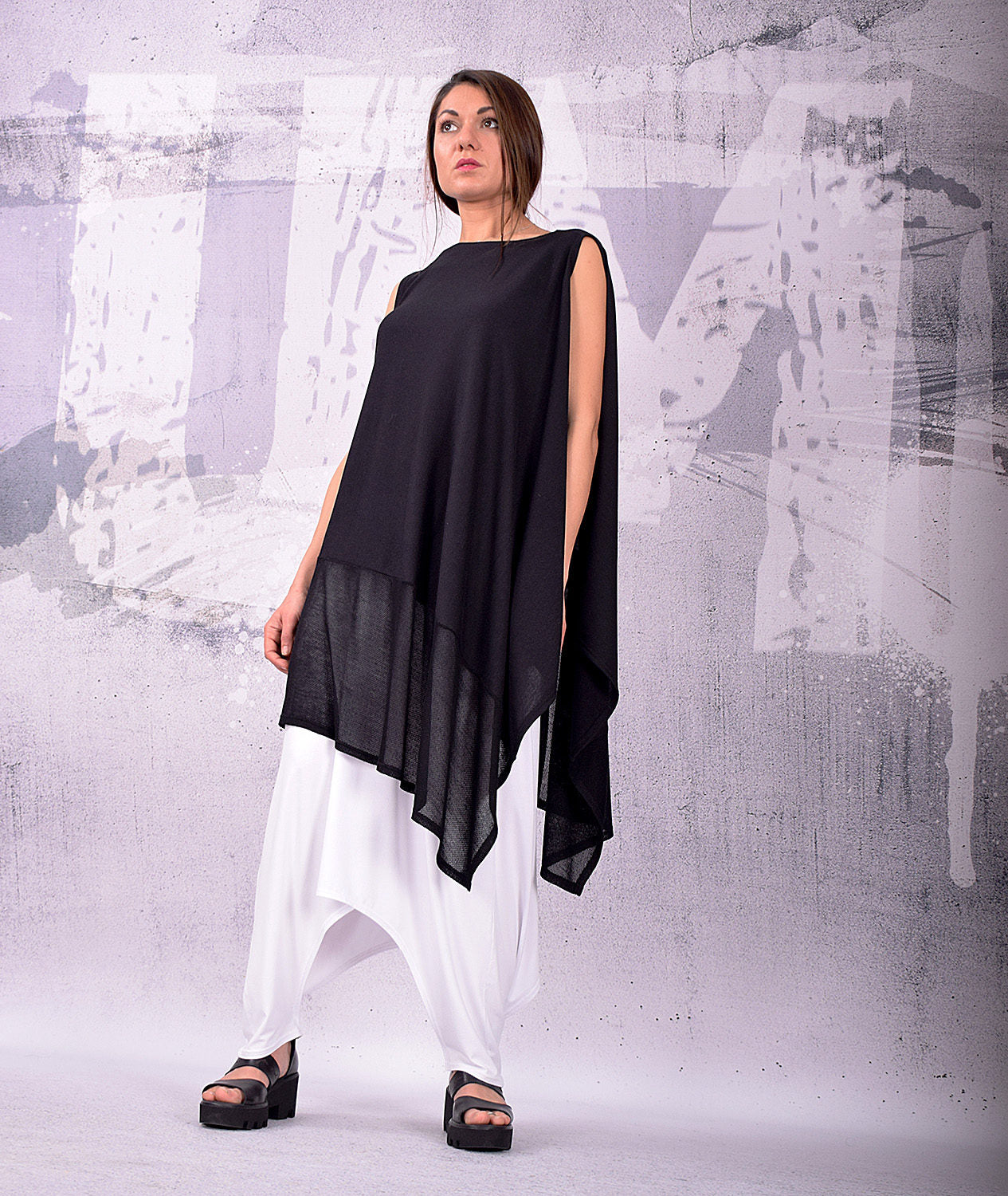Tunic, Asymmetrical Tunic, Plus Size Tunic, Oversized Tunic, Black Tunic Top, Loose Tunic, Sleeveless Top by UrbanMood - UM-140-VL