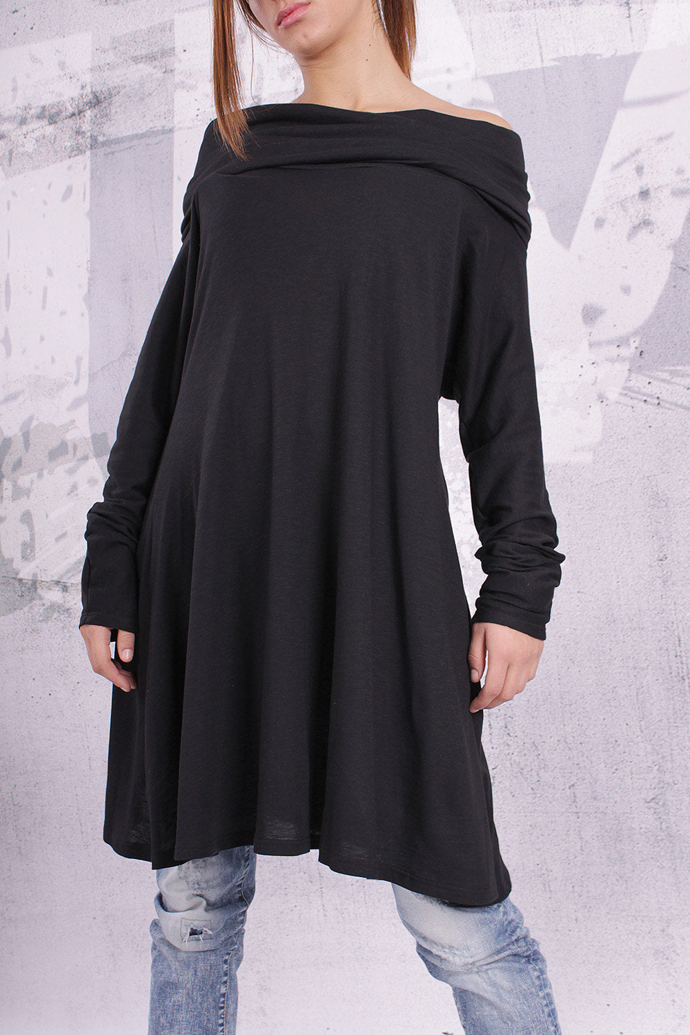 Plus size tunic/ loose tunic, maternity top, tunic dress, long sleeved top, black tunic - UM-F002-FL
