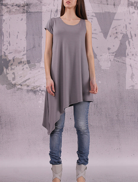 Asymmetrical gray tunic top with one short sleeve,loose tunic,UM021VL