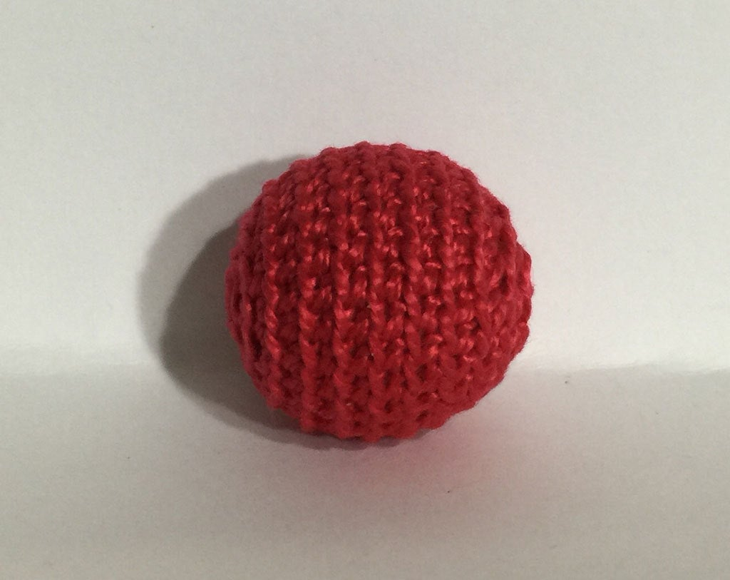 "1.06"" / 27 mm Crochet Wood Bead in Red (7046) -  1 Hand Crocheted Birch Wood Ball for Teething"