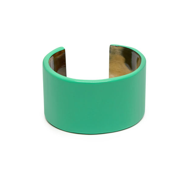 Branch jewellery - Green buffalo horn cuff