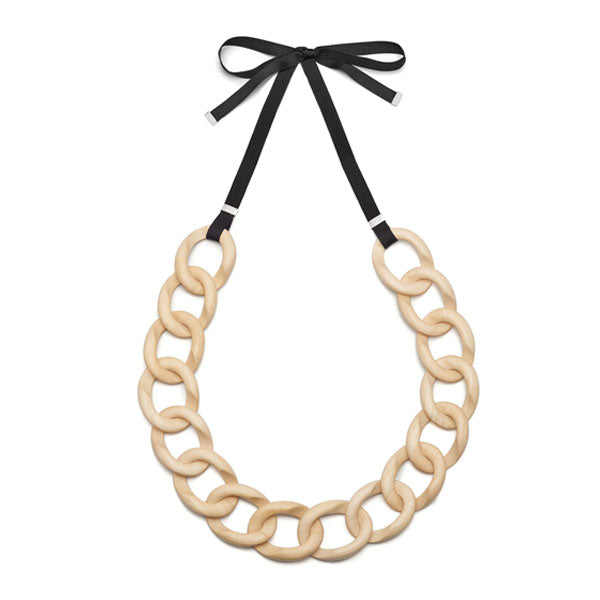 White wood & ribbon curb link necklace