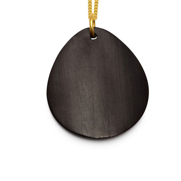 Blackwood curved oval Foli pendant – Gold