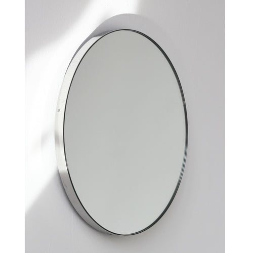 Silver Orbis™ round mirror with STAINLESS STEEL frame