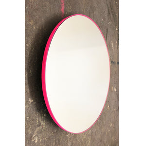 Silver Orbis™ round mirror with PINK frame