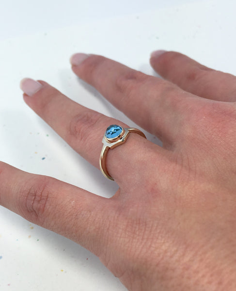 Single Hex Ring - Yellow Gold with Swiss Blue Topaz