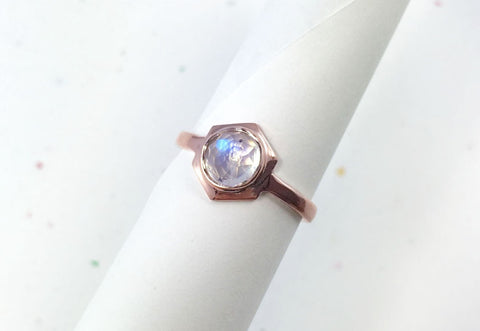 CLIO - Rose Gold // Rainbow Moonstone