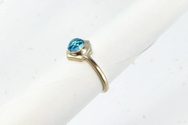 CLIO - Yellow Gold // Swiss Blue Topaz