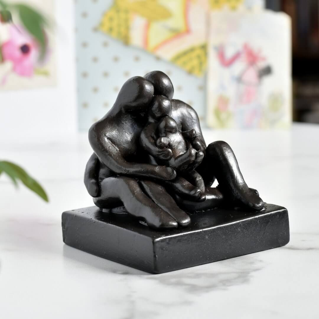 Family of 4 anniversary sculpture
