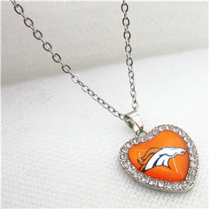 10pcs/lot USA Denver Broncos Heart Necklace Pendant Jewelry With Chains Necklace DIY Jewelry Football Sports Charms