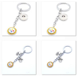 2017 Fashion Football Key Chain Pittsburgh Steeler Charm Keychain Car Keyring for Women Men Keyrings Gifts Party Birthday
