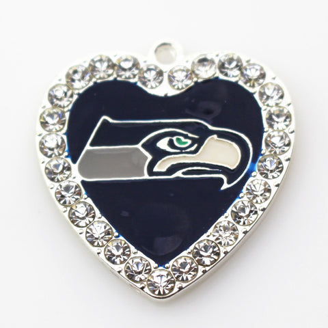 20pcs/lot Crystal Heart Seattle Seahawks Football Hanging Charms Sports Dangle Charms DIY Bracele&bangles Jewelry Accessory