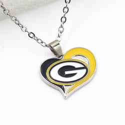 Green Bay Packers Charm Necklace Jewelry With Necklace Chain 50cm Heart Football Sports Pendant Necklace Jewelry 10pcs