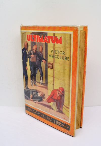 Macclure, Victor - Ultimatum | front cover