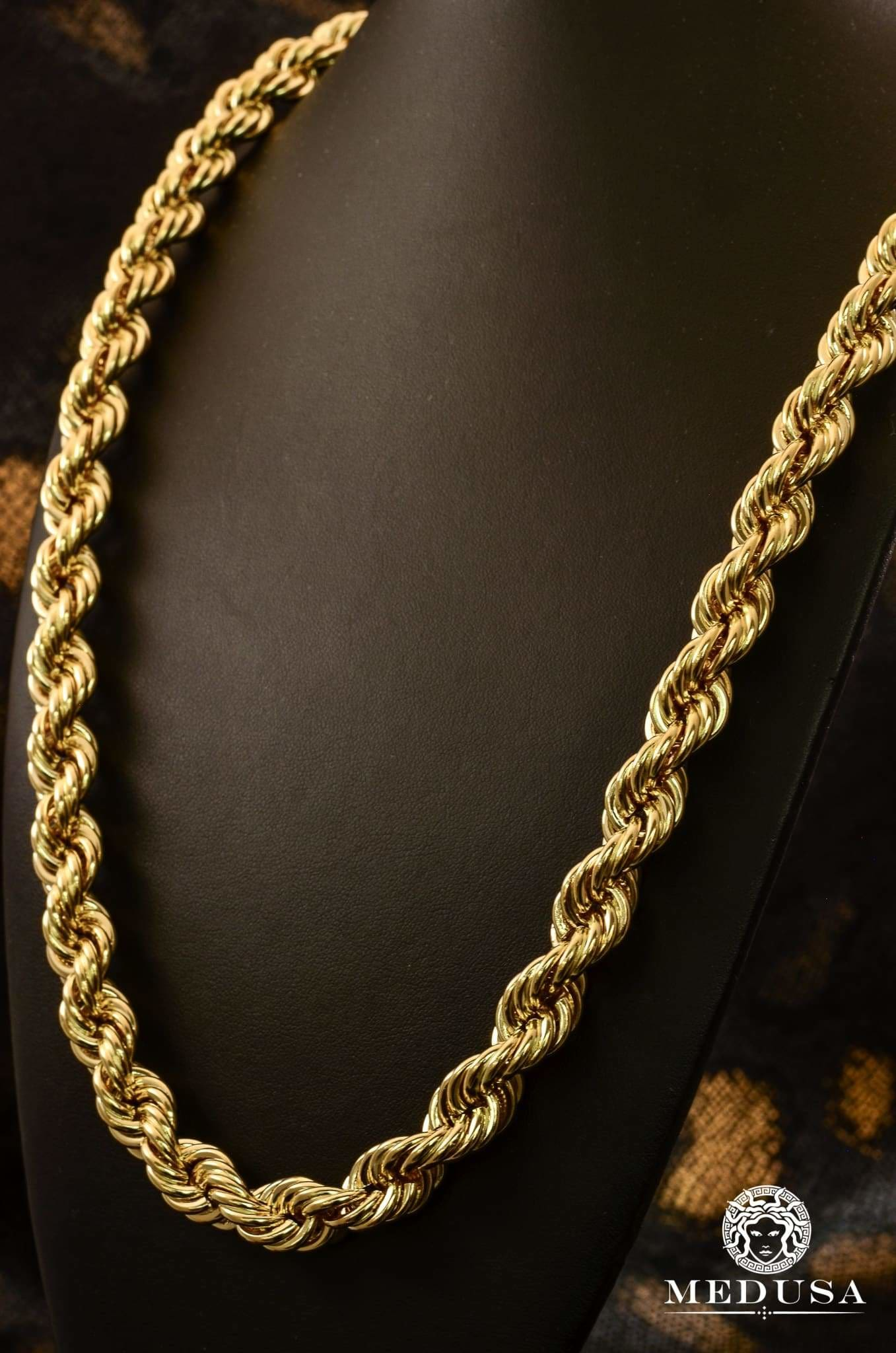 collier homme utile