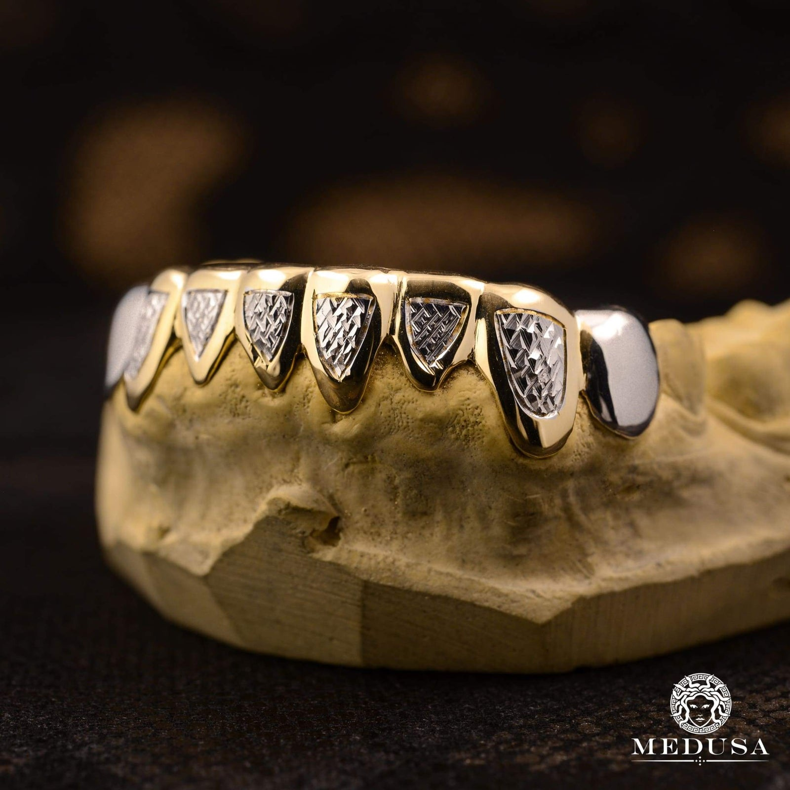 Grillz Custom in gold | Shop at jewellery No  1 in Quebec