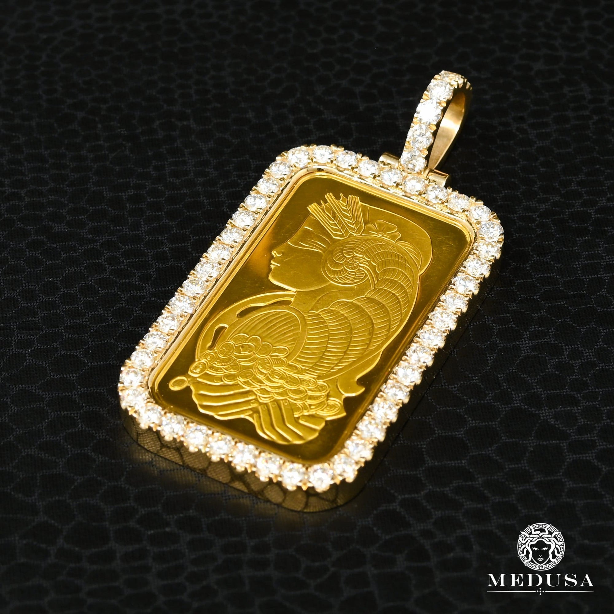 PAMP Fortuna pendant | 1 oz & Diamond