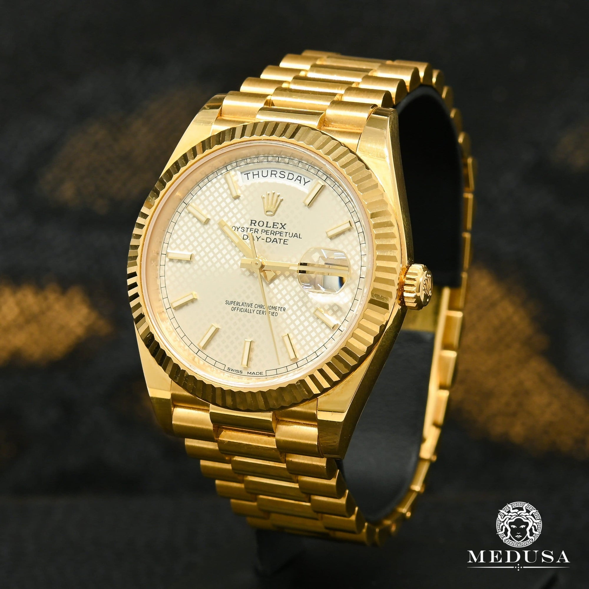 Rolex President Day-Date 40mm - White Diagonal