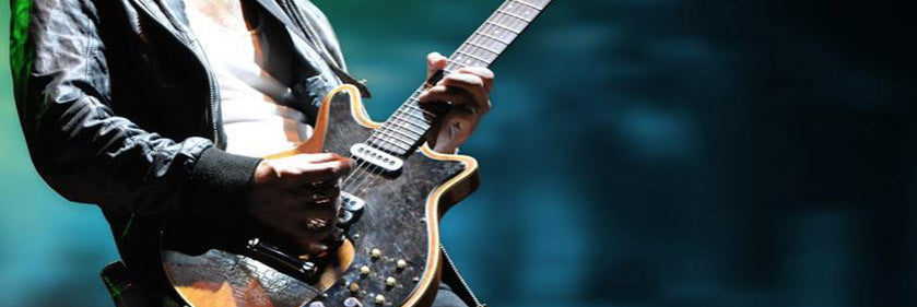 5 Free Backing Tracks with Scale Recommendations for Guitar Players