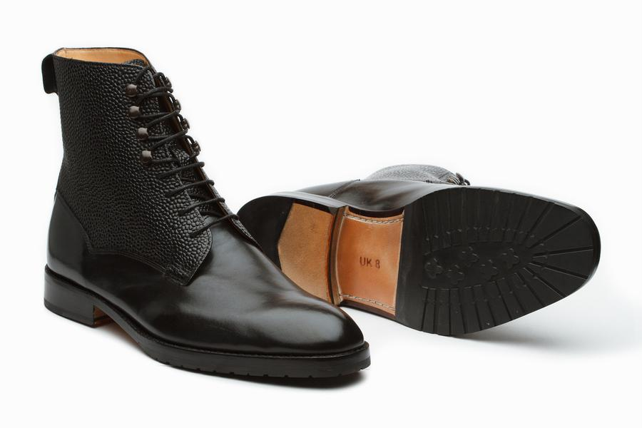 Field Grain Leather Boots - Black