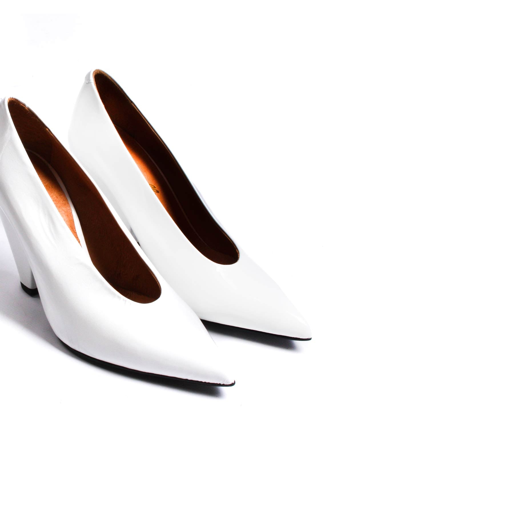 Omatu White Patent Leather