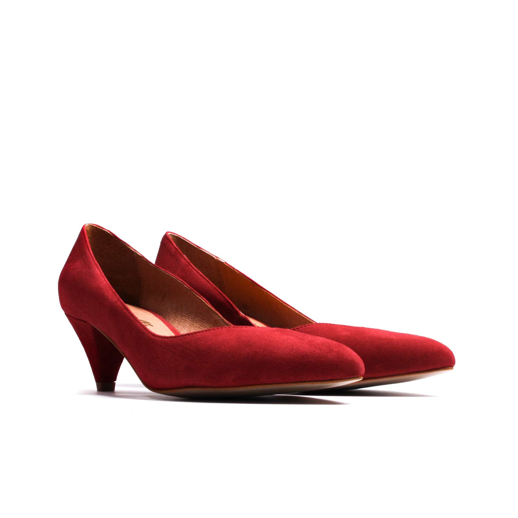 Perseo Red Suede