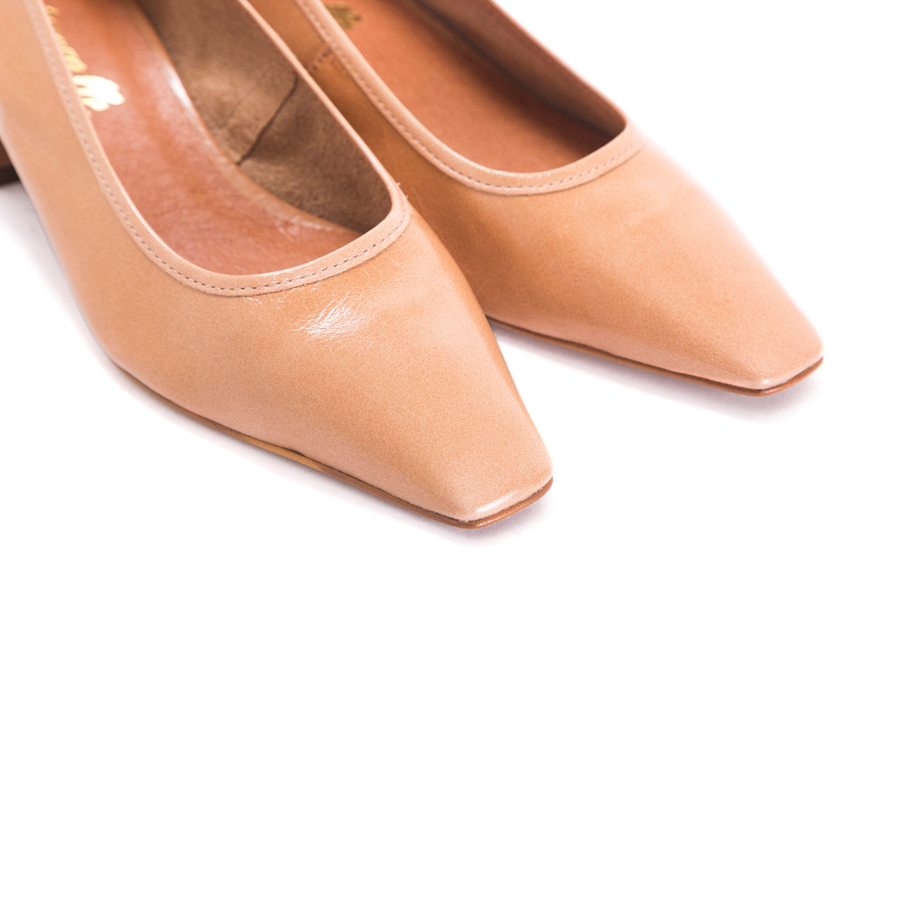 Alya Blush Leather Shoes