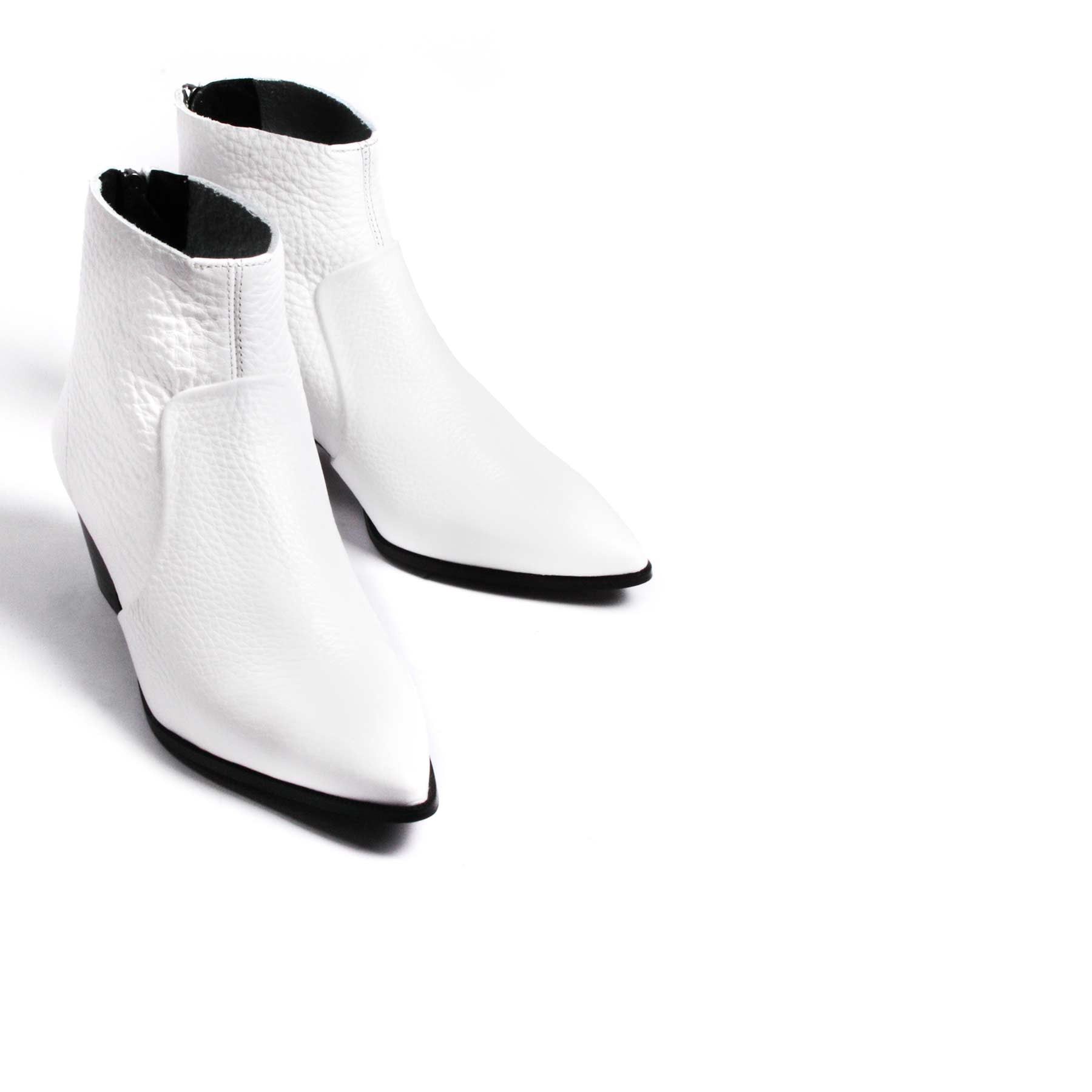 Boots, Brooks White Leather - Lintervalle shoes for woman