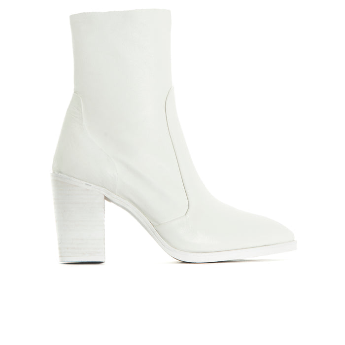 Cadiz White Leather