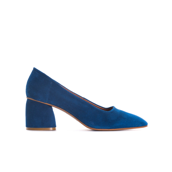 Effy Navy Suede Pumps