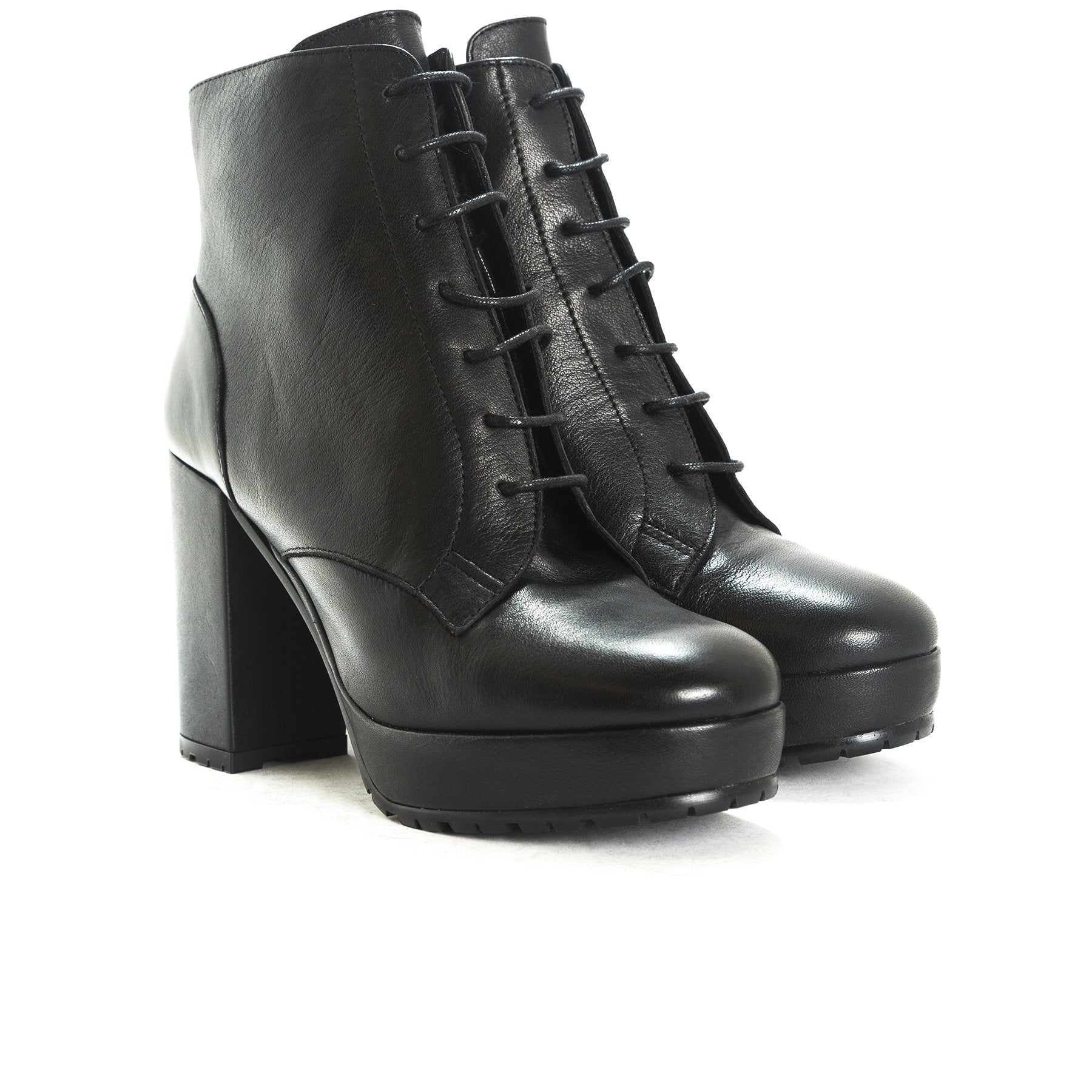Fergy Black Leather Boots
