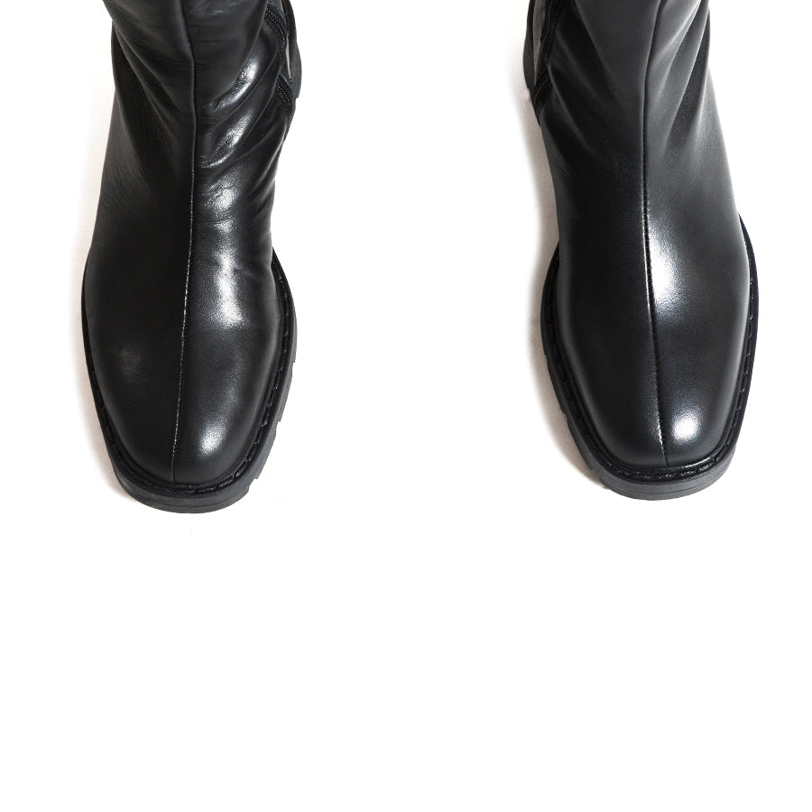 Fiturna Black Leather Boots