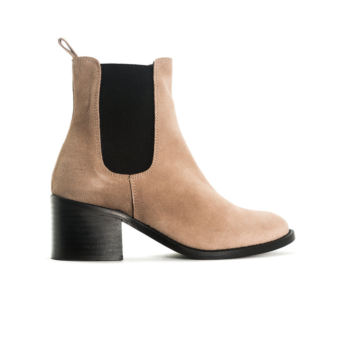 Larabee Tan Suede Boots