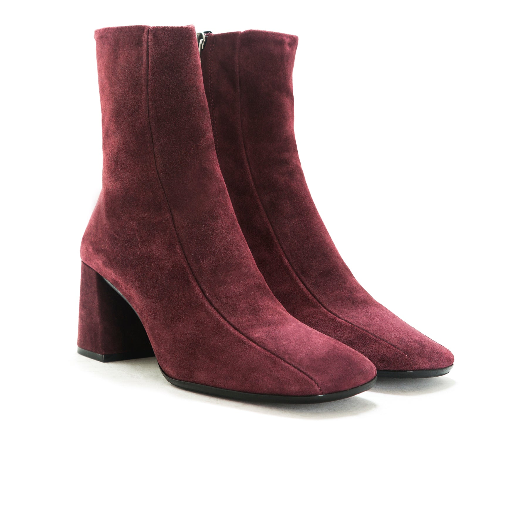 Lemont Bordo Suede