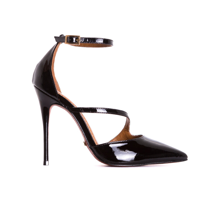 Lina Black Patent Pumps