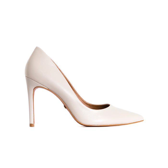 Love Off White Leather Pumps
